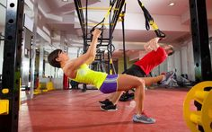 Strengthen your core and score a flat belly with these four TRX exercises you can do at home. This is the second workout of the TRX Suspension Training exercise video series Suspension Workout, Trx Suspension Trainer, Suspension Training, Killer Workouts, Fun Workouts, Lose Fat Workout, Fat Burning Workout, Trx Workout, Workout Tips