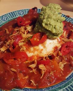 Baked chicken in homemade enchilada sauce and garlic guacamole  #cleaneats #fitness #protein #healthy #fitfam #gym #eatclean #cleaneating #foodporn #fit #gains #nutrition #health #lowcarb #chicken #fitlife #healthyeating #healthyfood #healthyliving #gainz #recovery #fuel #macros #enchilada #gymlife #postworkoutmeal #spicyfood #homemade #vegetables #gearfamily