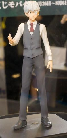 Kaneki Ken figure Release date : March - 2015  I WANT THIS SO BADLY!