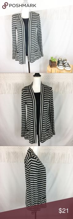 J.Crew Factory Stripe Pocket Always Cardigan J.Crew Factory stripe pocket always cardigan. Size medium. Approximate measurements flat laid are 27' long and 24' sleeve. GUC with no major flaws. Tank top not included. ❌No trades ❌ Modeling ❌No PayPal or off Posh transactions ❤️ I 💕Bundles ❤️Reasonable Offers PLEASE ❤️ J.Crew Factory Sweaters Cardigans