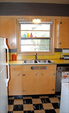 1950s Mid Century Portland Ranch Kitchen | by American Vintage Home