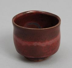 "JAPANESE POTTERY: Gyorenbo Gama ""Owan"" Tea Cup, Red"