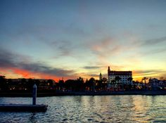 #PhotoOfTheDay @mr_sebastian_supertramp  Sunset in St. Augustine. Making a stop in this pretty coast town was a good decision. It is a lot of fun walking the streets and visiting the nice marina.  #Sunset #StAugustine #Marina #Florida #USA #Backpacking #Traveling #Roadtrip #Harbor #FL #UnitedStates #America #Eastcoast #Travel #Explore #Sunrise #UnitedStatesofAmerica #US #Travelgram #Wanderlust #Instatravel #Fernweh #Ocean #TravelTheWorld #Amerika #TravelPhotography