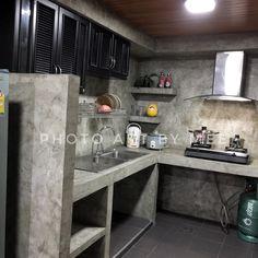 Tadelakt Grey Countertops and Shelves in Parisian Kitchen Dirty Kitchen Design, Kitchen Room Design, Outdoor Kitchen Design, Home Room Design, Home Decor Kitchen, Rustic Kitchen, Interior Design Kitchen, Home Kitchens, Parisian Kitchen