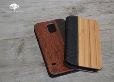 De Galaxy S5 Flip-Cover, Uniek & Chique. Verkrijgbaar in Walnotenhout en Bamboe. De Flip-Covers zijn voorzien van een magneetsluiting voor optimaal gebruik.  Kijk snel op www.sebastiaanphilippe.nl voor onze complete collectie houten producten.