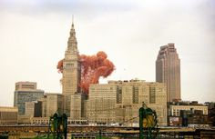 In 1986, non-profit organization United Way of Cleveland held a fundraiser by attempting to break the world record for most balloons launched at once. They held the event in Cleveland's Public Square, where hundreds of volunteers worked tirelessly, inflating 1.5 million balloons and gathering them under a net. When the balloons were released, it created a vista like no other, filling the sky with clouds of colour.