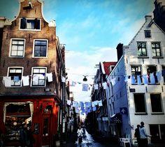 laundry day Amsterdam. Photography Moon Jansen