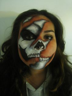 Skeleton Face | http://paintbodyideas335.blogspot.com