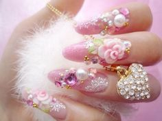 Nails with Flowers & Jewels - Nice !!