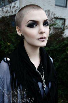 Rose Shock VIA @Modaddiction.net > Fashion & Trends.net > Fashion & Trends.net > Fashion & Trends