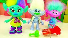 Детское видео Игрушки из мультика #ТРОЛЛИ у Доктора Кати! Делаем укол! И...
