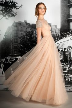 I can totally see Taylor Swift wearing this dress! So whimsical!!! I really like this! Modest enough for CHEC and pretty!
