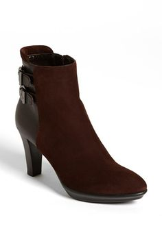 WEATHERPROOF boots! So cute and great for the winter with rubber soles!