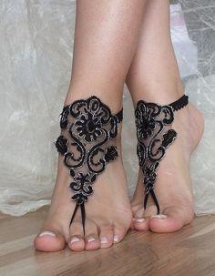 bridal anklet black Beach wedding barefoot sandals by ByVIVIENN Estilo Hippie, Women's Feet, Bare Foot Sandals, Toe Rings, Ankle Bracelets, Body Jewelry, Belly Dance Jewelry, Lace Jewelry, Gothic Jewelry