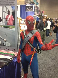 The Amazing RUNNUR/Spider Man!!