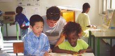 Succede all'elementare Tazzoli di Cittadella, dove il 60 degli alunni è di genitori immigrati. Il preside Archi: «La didattica funziona». Ma molte famiglie portano i figli altrove