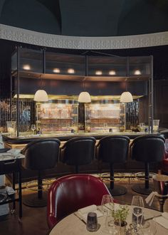"""Kerridge's Bar & Grill, Corinthia Hotel London - dpa lighting consultants - """"Right Light, Right Place, Right Time"""" ™ Restaurant Lighting, Restaurant Ideas, David Collins, Oriental Hotel, Lobby Lounge, Bar Grill, Light Architecture, London Hotels"""