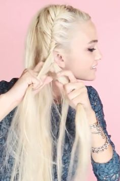 17 Hairstyle Ideas for Long Hair - Darby Smart