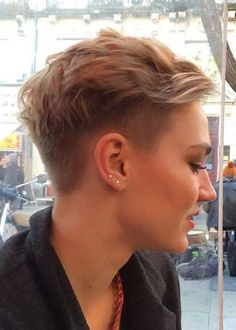 Blonde Pixie Cuts Girl with Undercut Pixie-Cuts-for-Girls