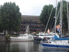 * the dickens inn - st katherine docks (tower hill)  perfect for: any time casual dinner/drinks