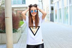 Smile! #look #girl #streetstyle #inspiration #look #feralstuff #startup #triangle #thisisit #shirt #hamburg