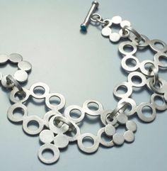 circle bracelet de reginepfanzdesigns