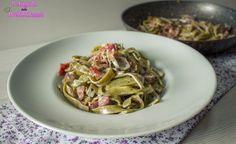 Tagliatelle al pistacchio con panna, funghi e speck