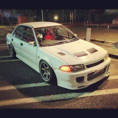 Evo Lancer Gsr, Mitsubishi Cars, Mitsubishi Lancer Evolution, Japan Cars, Import Cars, Cars And Coffee, Performance Cars, Modified Cars, Jdm Cars