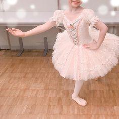 Girls Dresses, Flower Girl Dresses, Ballet Tutu, Ballet Costumes, Ballerinas, Red And Pink, Sewing, Wedding Dresses, Instagram
