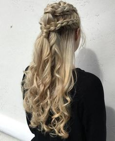 20 Game of Thrones Inspired Hairstyles Blonde Half Updo With Dutch Braids: Dutch braid, then curl th Box Braids Hairstyles, African Hairstyles, Twisted Hairstyles, Hairstyles Videos, Dreadlock Hairstyles, Updo Hairstyle, Medium Hairstyles, Trending Hairstyles, Bridal Hair