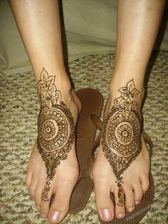 Foot henna