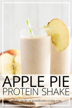 Apple Pie Protein Shake - All the flavors of fall, apples and cinnamon, blended in a sweet frozen protein shake that is the perfect sweet treat. 310 Shake Recipes, Arbonne Shake Recipes, Arbonne Protein Shakes, Vanilla Protein Shakes, Healthy Protein Shakes, Apple Pie Smoothie, Protein Smoothie Recipes, Protein Powder Recipes, Nutribullet Recipes