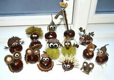 Sweet chestnut decoration DIY for young and old. Found at Mikael Schenk – Cuch … - Kleinkind Basteln Diy Crafts To Sell, Diy Crafts For Kids, Arts And Crafts, Paper Crafts, Craft Ideas, Acorn Crafts, Pine Cone Crafts, Autumn Crafts, Nature Crafts