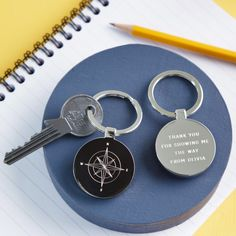 This compass key ring makes a lovely gift with your personalised message engraved on the reverse. This flat circular key ring makes a lovely gift. Each key