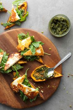 Sweet Potato Halloumi Tartines (Toasts) // @gourmandeinthek // These arugula and halloumi topped sweet potato tartines (toasts) make a terrific lunch or fun and unexpected appetizer.