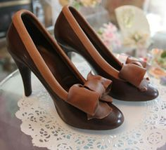 Chocolate shoes are perfect! Gotta learn to make these as cake toppers
