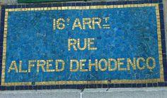 La rue Alfred-Dehodencq, tout en mosaïques...  (Paris 16ème)