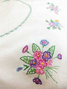 Vintage Embroidered Tablecloth  #peonyandthistle