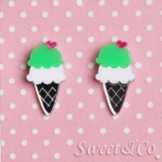 I love ice-cream mirror stud earrings Jewelry Mirror, I Love Jewelry, Body Jewelry, Pendant Earrings, Pendant Jewelry, Stud Earrings, Cream Earrings, Love Ice Cream