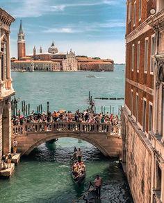 "THROUGH THE WORLD © (@travellingthroughtheworld): ""Courtesy of @your.travel.box  Venice, Italy"