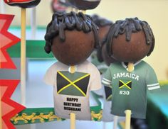 Hubby would love this!Jamaican Island Rasta Party from Bottle Pop Party Co - Soccer Cake Pops from Wise Wise Wise Golden Cookie Desserts, Sweet Desserts, Cupcake Cookies, Cupcakes, Soccer Cake Pops, Soccer Cakes, Soccer Theme, Football Soccer, Jamaica Food