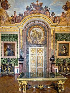 Le Salon de L'Abondance, Chateau de Versailles