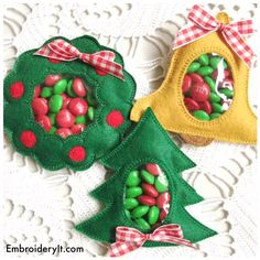 Candy Holder Machine Embroidery Christmas Set - Pine Tree, Wreath and Bell - Machine Embroidery Inst Machine Embroidery Projects, Learn Embroidery, Embroidery Ideas, Creative Embroidery, Embroidery Jewelry, Embroidery Thread, Embroidery Applique, Christmas Candy, Christmas Crafts