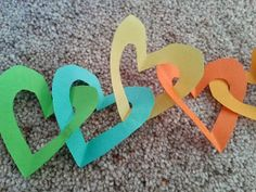 Flame: Creative Children's Ministry: God's love for us:prayer and craft activity Abc For Kids, Bible For Kids, Crafts For Kids, Toddler Bible, Children Crafts, 4 Kids, Prayer Crafts, Bible Crafts, Church Activities