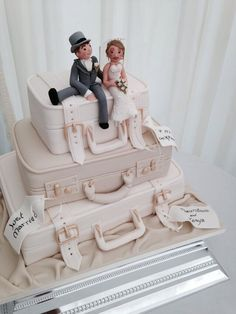 That would be lovely idea for my wedding cake x