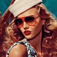 Karlie Kloss...Dior 2011
