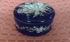 Blue and White Designed Trinket Box