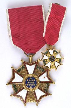 U.S. Legion of Merit medal : Lot 278