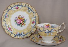 RARE Vintage Royal Albert Crown China VALENTINE Trio