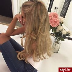 The 74 Hottest Blonde Hair Looks to Copy This Summer Hair Styles 2016, Medium Hair Styles, Curly Hair Styles, Medium Curly, Pretty Hairstyles, Wig Hairstyles, Princess Hairstyles, Short Thin Hair, Short Blonde